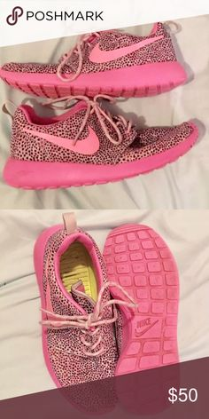 Nike Roshe runs Nike Roshe runs, great condition and barely worn, super cute pink pattern! Nike Shoes Athletic Shoes