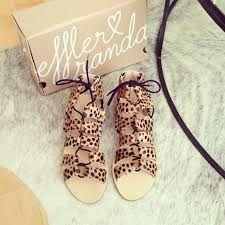 Resultado de imagem para sandals instagram
