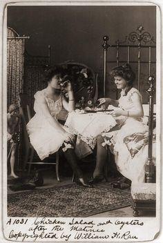 meal in bedroom 1900 by janwillemsen, via Flickr                                                                                                            meal in bedroom 1900             by        janwillemsen      on        Flickr