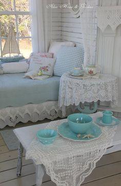 Aiken House & Gardens: Relaxing in the Boathouse