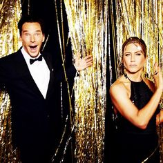 Pin for Later: Your Inside Look at the 2015 Golden Globes  Benedict Cumberbatch and Jennifer Aniston's backstage snap was as ridiculous as their time on stage.