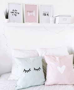 New room - Bed Teen Room Decor, Bedroom Decor, Bedroom Ideas, Decoracion Habitacion Ideas, Bedroom Wall Art Above Bed, Cute Cushions, Tumblr Rooms, Makeup Rooms, New Room