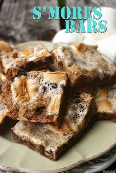 S'mores Bars - sounds like delicious variant of my popular sticky cake with marshmallows, chocolat and peabut butter.