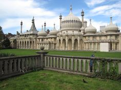The Royal Pavilion, Brighton, England. The Royal Pavilion is unlike any other castle in England. Built in 1823 it appears to be designed as if for a children's fairytale book. With palm-tree columns, Chinese dragons, exotic looking minarets and domes blending western and eastern architecture. Learn how this magnificent former Royal Palace was converted into a hospital for Sikh and Indian soldiers during World War I at the SikhMuseum.com Exhibit - Doctor Brighton's Pavilion