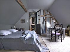 La Longère de Madame Bovary : http://www.maison-deco.com/reportages/reportages-maisons/La-longere-de-Madame-Bovary