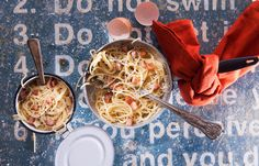 Καρμπονάρα κλασσική Sweet And Salty, T 4, Spaghetti, Pasta, Cooking, Ethnic Recipes, Spirit, Food, Kitchen