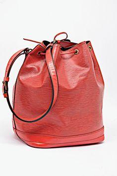 bc354bee7e66 LOUIS VUITTON RED EPI LARGE Noe Drawstring Shoulder Bucket Bag AUTHENTIC