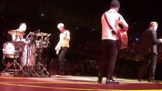 "U2 HD ieTour 2015 ""Ordinary Love"""