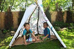 22 Simple & Creative Backyard Playground Ideas for Kids Backyard Playground, Backyard For Kids, Playground Ideas, Outdoor Chalkboard, Kids Play Area, Play Houses, Kids Playing, Cool Kids, Outdoor Gear
