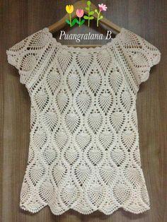 Fabulous Crochet a Little Black Crochet Dress Ideas. Georgeous Crochet a Little Black Crochet Dress Ideas. T-shirt Au Crochet, Crochet Shirt, Crochet Woman, Free Crochet, Crochet Slippers, Modern Crochet Patterns, Crochet Designs, Tops Diy, Black Crochet Dress