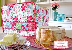 Kitchen Confections in Moda's Vintage Modern: Toaster Cozy | Sew4Home