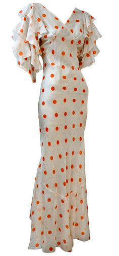 Polka-Dot Chiffon Bias Gown USA Wonderful red/white polka-dot chiffon bias cut gown has full ruffled sleeves and a back tier of ruffles from waist to hem. Flirty and whimsical. Vintage Outfits, Vintage Gowns, Vintage Clothing, 1930s Fashion, Retro Fashion, Vintage Fashion, Moda Vintage, Vintage Mode, Dot Dress