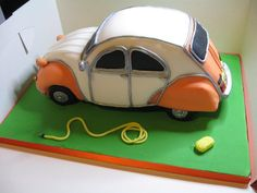 Citreon 2CV Car Cake - Cake by Coppice Cakes