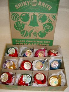 One can never have too many vintage Christmas ornaments ✳ Shiny Brite made some great ones!
