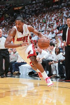 Could the Miami Heat players go to the rim like the master ...