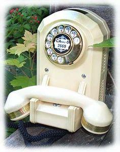 TelephoneCreations   Ivory white art deco style custom telephone  http://www.telephonecreations.com/