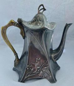 Classic Secessionist Art Nouveau design, one of the strongest and most highly collectible made by WMF; Note: I currently have 2 other matching pieces listed, there are shown in photos & Vases Decor, Art Decor, Decoration, Boho Decor, Advanced Ceramics, Historical Artifacts, Art Nouveau Design, Wmf, Tea Art