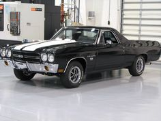 1970 LS5 EL-Camino SS black w/ white stripes