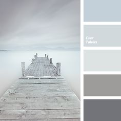 The combination of muted dark blue with cold and warm shades of gray is complemented by a bright silver-gray tone. This colour scheme emphasises the textur