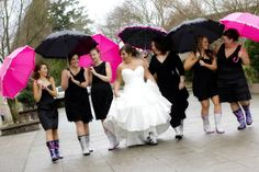 Very original and cute bridal party picture idea . . . especially for a April wedding in the Pacific NW!  Hopefully this photo idea is replicated but never duplicated!! I appreciate originality! *Pic taken from friend Jessie (friend of the bride)