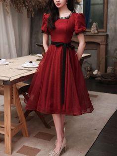 Blue Evening Dresses, Designer Evening Dresses, Prom Dresses, Burgundy Bridesmaid Dresses, Burgundy Dress, I Dress, Dress Outfits, Modest Fashion, Fashion Dresses