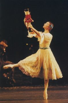 Alina Cojocaru in the Royal Ballet's Nutcracker