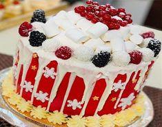 طريقة عمل كيك الكريسماس من الشيف فاطمه أبو حاتي ~ مطبخ أتوسه على قد الايد Birthday Cake, Desserts, Christmas, Food, Tailgate Desserts, Xmas, Deserts, Birthday Cakes, Essen