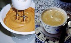 Café cremoso 50 g de café solúvel (nescafé) 2 xícaras de açúcar refinado 1 xícara de água MODO DE PREPARO Junte todos os ingredientes e bata na batedeira durante 15 minutos até ficar um creme Guarde no congelador em pote fechado Obs: Este creme é para ser servido do seguinte modo: 1 colher de sobremesa em 1 xícara de café quente (já pronto) ou 2 colheres de sobremesa em 1 xícara de leite fervendo Está pronto uma deliciosa bebida cremosa para aquecer as noites frias de inverno Fica muito…