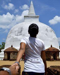 Polonnaruwa Kiri wehera  #kiriwehera#followeme #followmetosrilanka #raazpics #beautyoftissa #picsofsrilanka #srilanka #nikontop #nikond5200 #nikon #nikon_photography_ #nikonphotography #srilankanidentity#srilankan_i#srilankanid #polonnaruwa #polonnaruwaruins#pagoda #buddhist #buddhisttemple #buddhism #iamabuddhist#sinhalabuddhist #religion by srilankanid