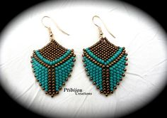 boucles d'oreilles en perles de rocailles tissées turquoises et bronze : Boucles d'oreille par ptibijou