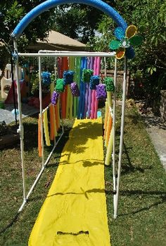 The Deluxe Kid Wash Comments | Outdoor Crafts for Kids - Outdoor Craft Projects | FamilyFun. HAAHAAHAA this is cool Al!!