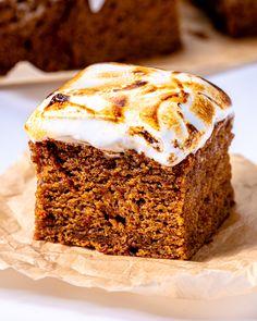 Vegan Sweet Potato Cake with Marshmallow Fluff! - School Night Vegan Marshmallow Fluff Frosting, Toasted Marshmallow, Potato Cakes, Vegan Sweets, Carrot Cake, How To Make Cake, Sweet Potato, Sweet Tooth, Sweet Treats