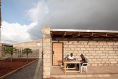 archaic_designbuilt_kaufmann_TUM176 Hermann Kaufmann, Sustainable Schools, 55 Gallon, Kiesel, Nairobi, Sustainability, Patio, Outdoor Decor, Modern