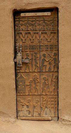 Here's another example of a Dogon door carving. That's what I want my front door to look like one day. But maybe I have to carve one myself.