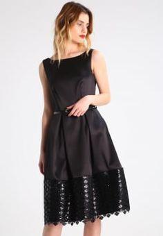 26113d20cc6234 Abendkleider & Cocktaikleider für besondere Anlässe. Closet - Cocktailkleid  / festliches Kleid ...