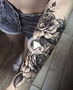 ▷ Ideas and inspirations for a cool forearm Act .- ▷ 1001 + Ideen und Inspirationen für ein cooles Unterarm Tattoo underarm tattoo, white roses with lace, tattoos for women, flowers - Tattoo Sleeve Filler, Full Sleeve Tattoos, Tattoo Sleeve Designs, Lace Tattoo Design, Lace Tattoo Sleeves, Sleeve Tattoos For Girls, Paisley Tattoo Sleeve, Half Sleeve Flower Tattoo, Tattoo Sleves