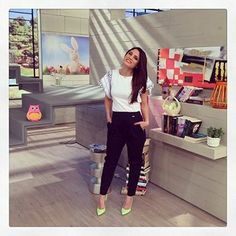 "Have a look at Mary Sinatsaki's #BSB morning outfit @ ""To Proino"" TV show!"
