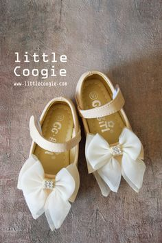 Stepping Stones Newborn Baby Girl Patent Polka-Dot Bow Flower Mary Jane