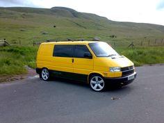 Post a pic of your Van here, if you want it in the Gallery ! - Page 32 - VW Forum - VW Forum Volkswagen Transporter T4, Vw Vanagon, Volkswagen Bus, Vw Caravelle, T4 Camper, Day Van, Van Design, Cool Vans, Euro