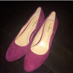 Cole Haan medium heel shoes Super cute to go with any outfits. Wore once In perfect condition Cole Haan Shoes Heels