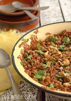 sałatka z czerwonego ryżu