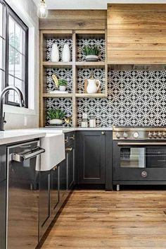 Kitchen Remodel TipsYou can find Sweet home and more on our website.Kitchen Remodel Tips Kitchen Decor, Kitchen Inspirations, Home Decor Kitchen, Small Kitchen, Kitchen Interior, Home Kitchens, Kitchen Remodel, Kitchen Renovation, Stylish Kitchen
