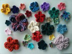 Easy #crochet flower tutorial from MrsDaftSpaniel