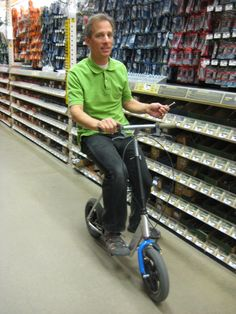 Non weight bearing using the Walk Aid Scooter (www.walkaidscooter.com) walking aid.
