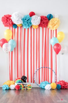 Planning a Cirque du Birthday? No acrobatics needed to host the perfect carnival themed birthday party. Our collection of ideas and planning tips will inspire any celebration you have in store. And our easy how-to's, cool DIY ideas, and free printab Carnival Decorations, Diy Carnival, Circus Carnival Party, Circus Theme Party, Carnival Birthday Parties, Birthday Party Decorations, First Birthday Parties, Diy Birthday, Dumbo Birthday Party