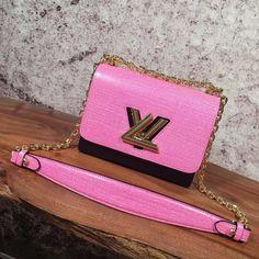 louis vuitton handbags at saks Handbags Uk, Pink Handbags, Luxury Handbags, Louis Vuitton 2017, Louis Vuitton Handbags, Designer Bags For Less, Authentic Louis Vuitton Bags, Bag Sale, Smooth Leather