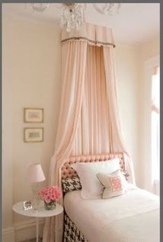 girly room in pale pink