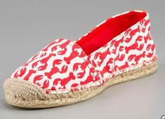 tory burch lobster espadrilles. as i get closer to leaving the nexus of preppy america, i keep getting drawn to preppy things. brace yourself bay area, these might come home with me.