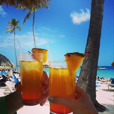 Dreams Palm Beach guest Irene L. is living it up on her tropical vacation! Yum!