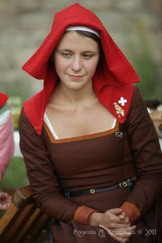 """Looks like a simple enough shape for a head covering for a peasant woman. May come in handy for """"Extraordinary"""""""